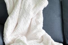 Stor mysig lurvig filt 150:-